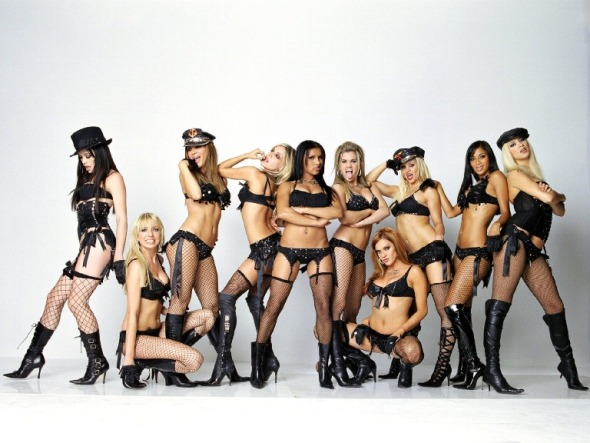 -downloadfiles-wallpapers-1600_1200-sexy_pussycat_dolls_wallpaper_pussycat_dolls_music_wallpaper_1600_1200_996